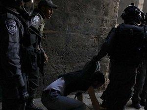 Filistinlilere Yönelik Gözaltıları Sürüyor