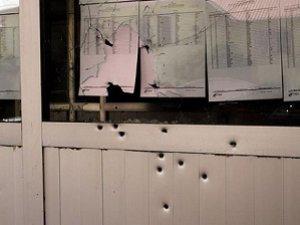 Van'da Liseye Bombalı ve Silahlı Saldırı