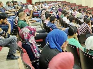 Türkiye Üniversiteleri Bin 707 Suriyeliye Kapılarını Açtı