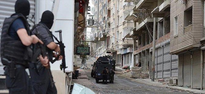 """Silvan'da 10 Mahallede """"Sokağa Çıkma Yasağı"""" İlan Edildi"""