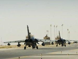 Taliban, Afganistan'da ABD Uçağını Düşürdü
