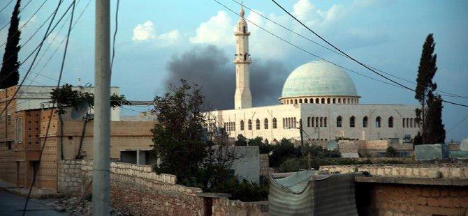 Rusya Halep'te Sivil Yerleşim Yerini Vurdu