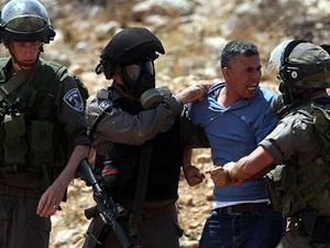 İsrail İşgal Askerleri 47 Filistinliyi Gözaltına Aldı!