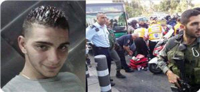 Tel Aviv'deki Biri Kadın Asker 4 Yahudi Bıçaklandı