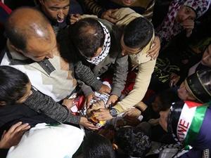 İsrail Geçen Hafta Katlettiği Gencin Cenazesini Teslim Etti!