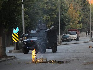 Siirt'te Gözaltına Alınan 36 Kişiden 7'si Tutuklandı
