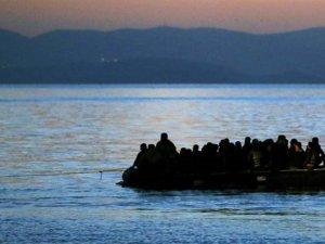 Yunan Botu Çarptı: 7 Mülteci Öldü