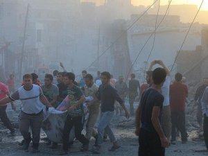 Rus Uçakları, Humus'ta Sivil Yerleşim Yerlerini Bombaladı