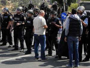 Siyonistlerden Mescid-i Aksa'ya Girişe 40 Yaş Sınırlaması