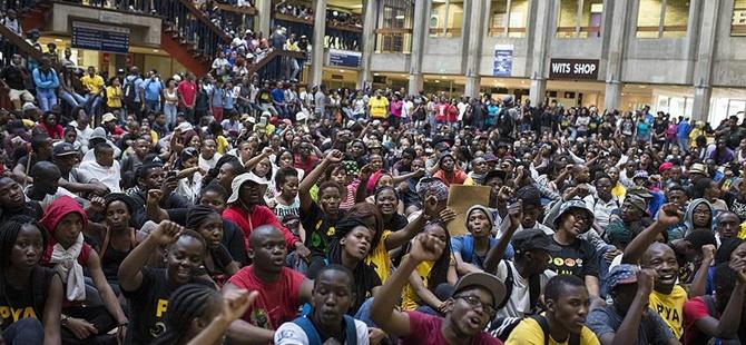 Güney Afrika'da Harç Zammı Protestosu