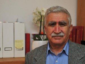 Mesut Tek: AK Parti Düşmanlığı Kürtlere Bir Şey Kazandırmaz