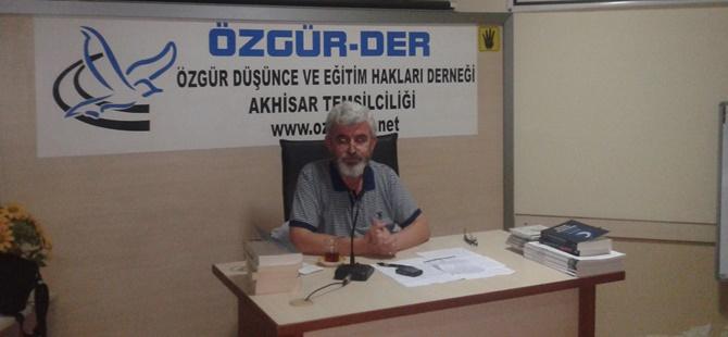 """Akhisar Özgür-Der'de """"İslâmcılık Tecrübemiz"""" Konuşuldu"""