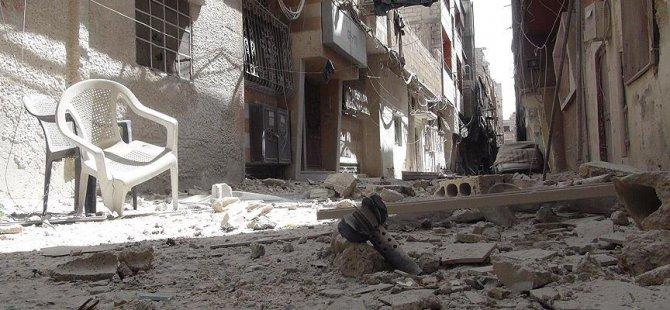 Esed Güçleri Dareyya'ya 18 Varil Bombası Attı