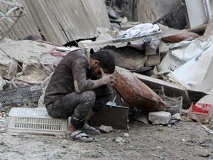 Rusya Suriye'de Sivilleri Hedef Alıyor