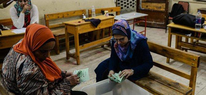 Mısır Cuntasının Seçimlerine Katılım %26 Oldu