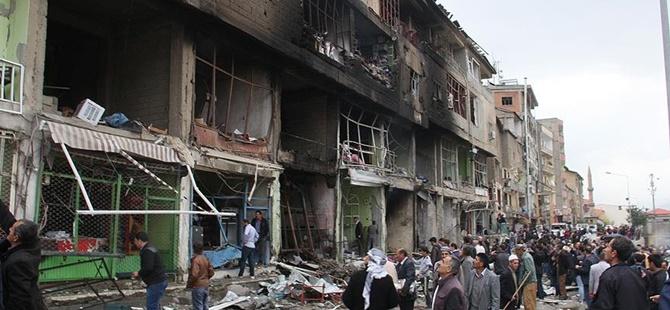 PKK Şemdinli'de Bomba Yüklü Araçla Saldırdı!