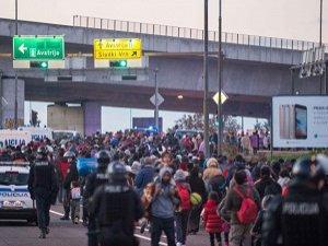 Slovenya'ya 24 Saatte 13 Bin Mülteci