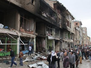 Şemdinli'deki Bombalı Saldırı Hastane Hizmetlerini Vurdu