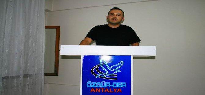 """Özgür-Der Antalya'da """"Kazanç Ahlakımız"""" Konuşuldu"""
