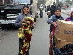 'BM Suriye'de Son Kullanma Tarihi Geçmiş Bisküvi Dağıttı'