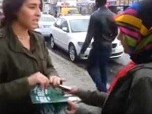 Broşür Dağıtan AK Partili Gençlere İğrenç Saldırı!