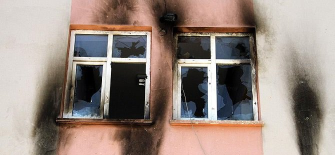 Ergani'de Okula Saldırı Düzenleyen 3 Kişi Tutuklandı