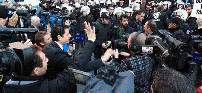 İpek Medya Grubu Önündeki Eylemlere Soruşturma