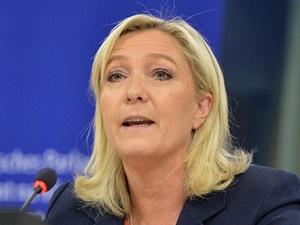 Le Pen Müslümanlara Hakaret Davasından Beraat Etti