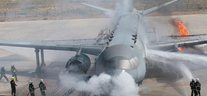 ABD'de Yolcu Uçağında Yangın Dehşeti!