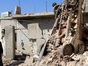 Esed Güçleri Halep'te Sivil Yerleşim Yerine Saldırdı: 45 Ölü