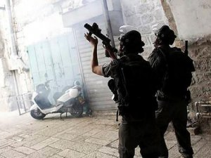 İsrail Askerlerinin Attığı Gaz Filistinli Bebeği Öldürdü