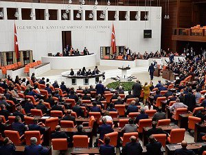 AK Parti 317 Milletvekili Çıkardı