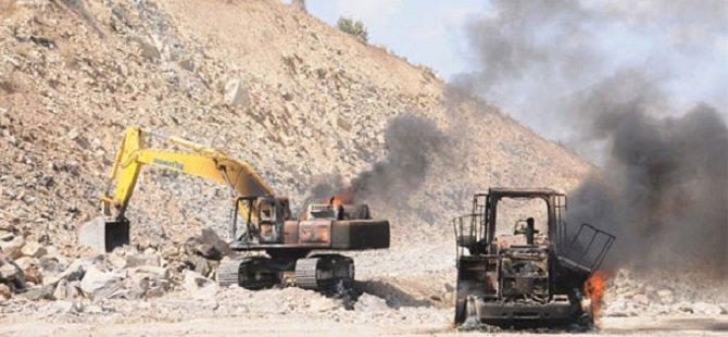Güneydoğu'da İş Makineleri Kaskosuz Kaldı