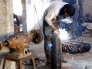 Suriyeli Direnişçiler Silahlarını Kendileri Üretiyor