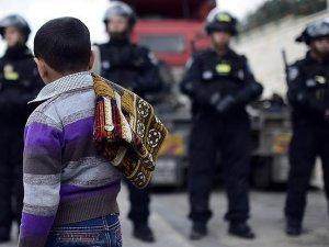 Siyonist İsrail 8500 Filistinli Çocuğu Gözaltına Aldı