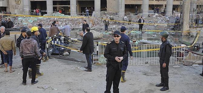 Mısır'da Bombalı Saldırı: 3 Ölü, 10 Yaralı