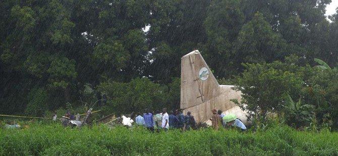 Güney Sudan'da Kargo Uçağı Düştü: 40 Ölü