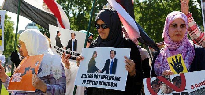 'Sisi'nin İngiltere'de Ağırlanması Skandal'