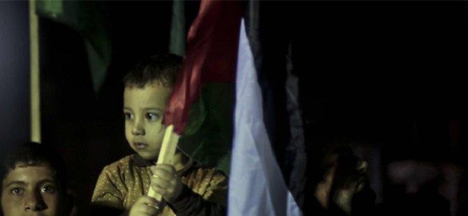 Filistinli Çocuklar BM Önünde Gösteri Düzenledi
