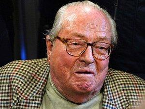 """""""Aşırı Sağcı"""" Le Pen'in Evinde Arama Yapıldı"""