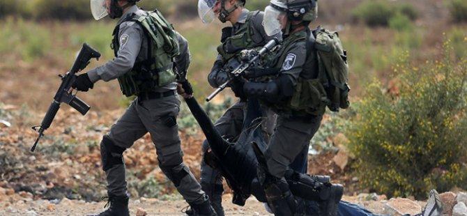 Siyonistler Filistinlileri Gözünü Kırpmadan Vuruyor
