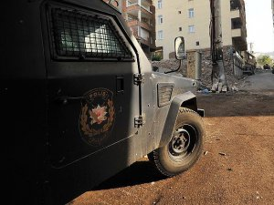 İzmir'deki Operasyonda 11 Zanlı Adliyede