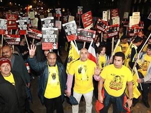 "Londra'da ""Stop Sisi"" Protestosu"