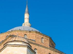 Kıbrıs'ta 3 Camide Ezanlar Susturuldu