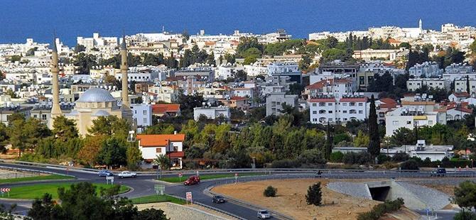 Kuzey Kıbrıs'ta Yasağa Rağmen Ezanlar Susmadı
