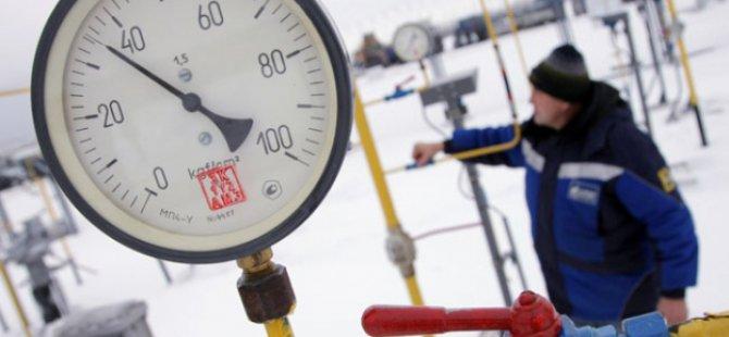 Rusya'dan Beklerken İran Gazın Yarısını Kesti
