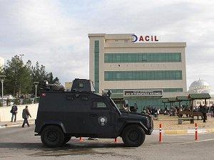 Silvan'da Polise Roketatarlı Saldırı