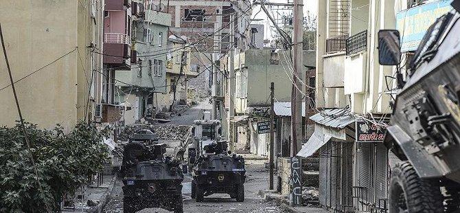 Sİlvan'da PKK'nın Açtığı Ateş Sonucu 1 Sivil Hayatını Kaybetti