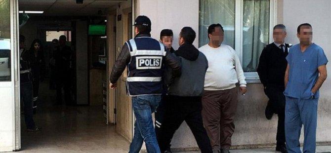 """İzmir Merkezli """"Paralel Yapı"""" Operasyonunda 5 Tutuklama"""