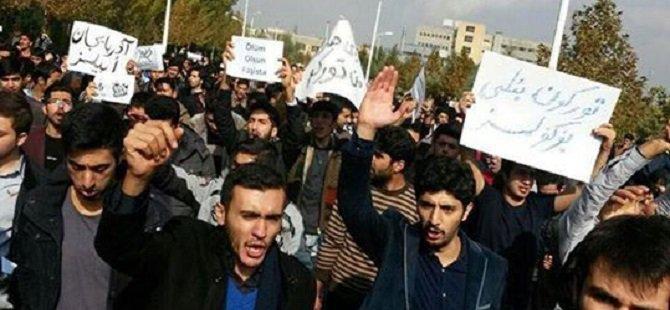 İran'daki Azeriler Irkçılığa Tepkili